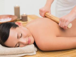 massaggio bambu donna